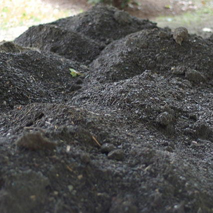 American Landscaping Anchorage - topsoil photo